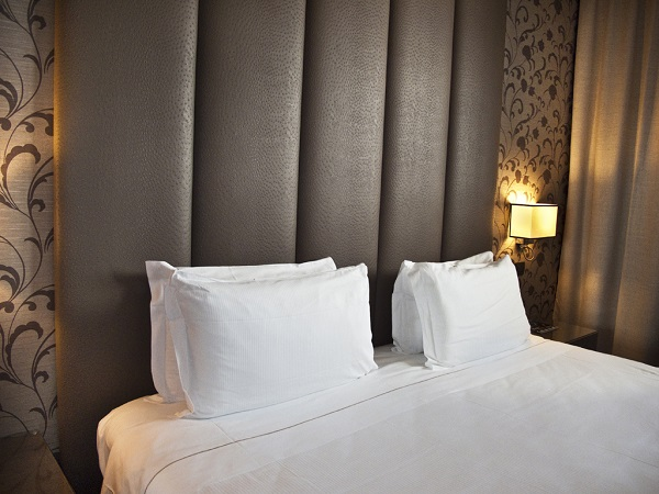 Camera con vista sull 39 expo al klima hotel for Piani di casa con una vista verso la parte posteriore