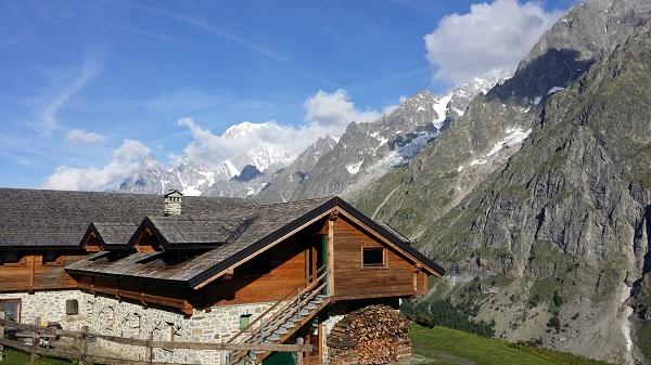 Escursione di famiglia al rifugio bonatti for Rifugio in baita di montagna