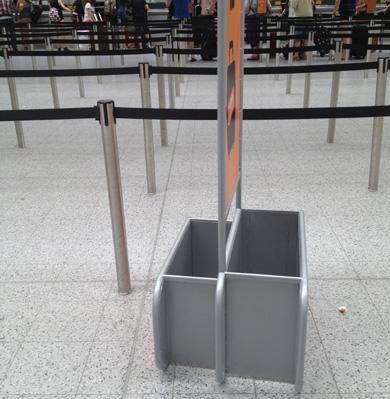 Viaggiare con il solo bagaglio a mano - Quante valigie si possono portare in aereo ...