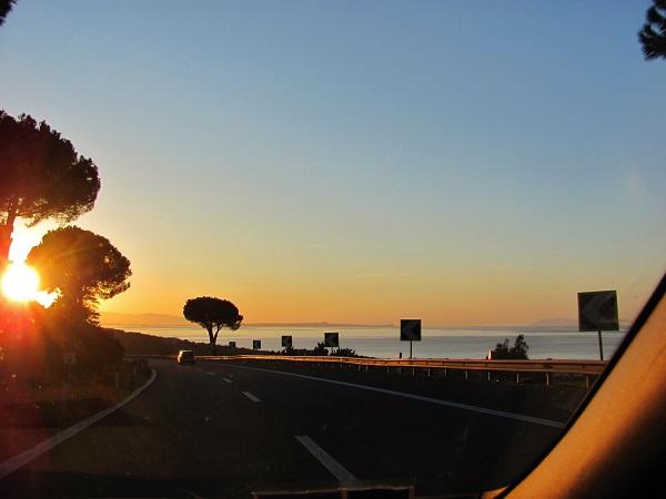 Educazione stradale - Italiani alla guida