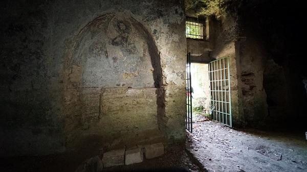 Luoghi del Cuore Fai - Chiesa rupestre del Crocifisso a Lentini (SR) - Foto di Fabio Fortuna