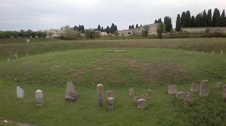 pisa - Principe Etrusco tumulo