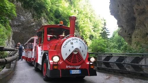 Trenino Rosso della Val Cellina nelle Dolomiti friulane