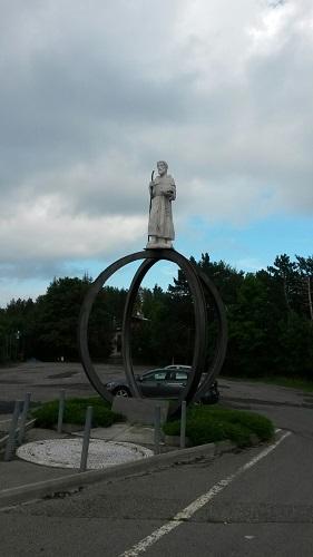 Passo del Penice monumento San Colombano