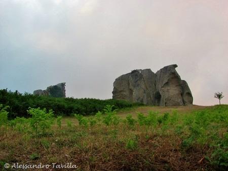 Megaliti dell'Argimusco, leggenda e storia