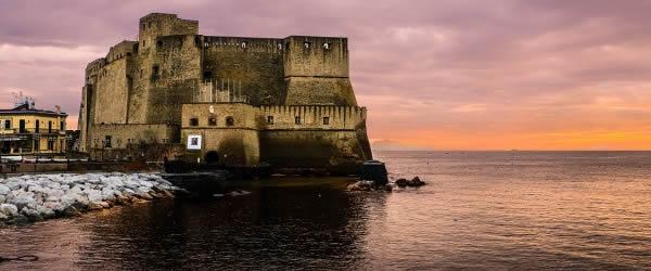 castel del'Ovo, Napoli