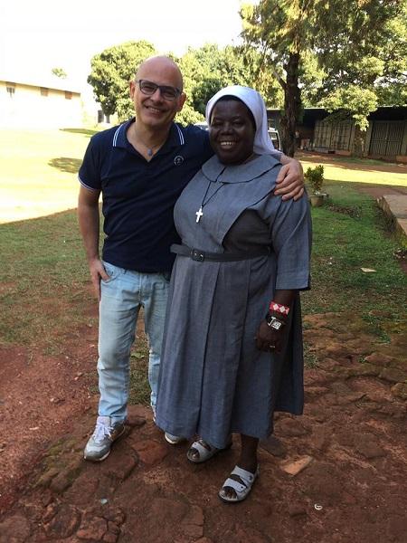 Ivan Nossa e Sister Rosemary Nyirumbe